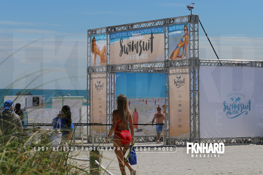 EddyDeJesus-Photography-Fknhard-Magazine-Sports-Illustrated-Swimsuit-Beach-exhibition-tent-entrance-fans-si-blue-skies-red-bikini