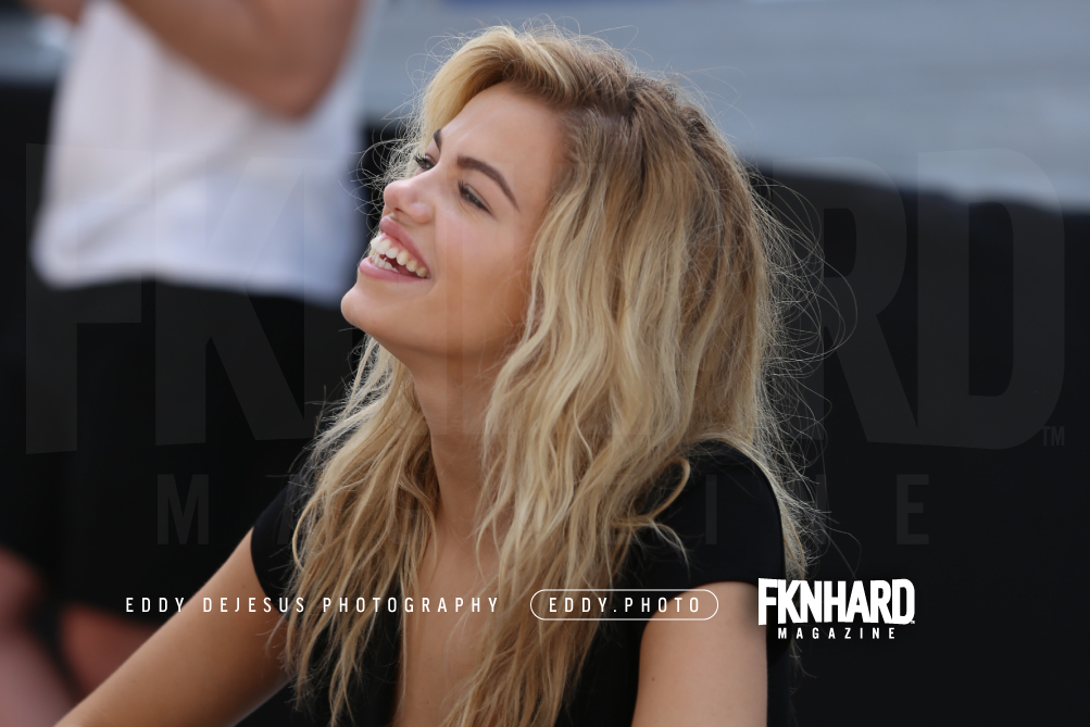 EddyDeJesus-Photography-Fknhard-Magazine-Sports-Illustrated-Swimsuit-hailey-clauson-interview-magazine-smiling-signing