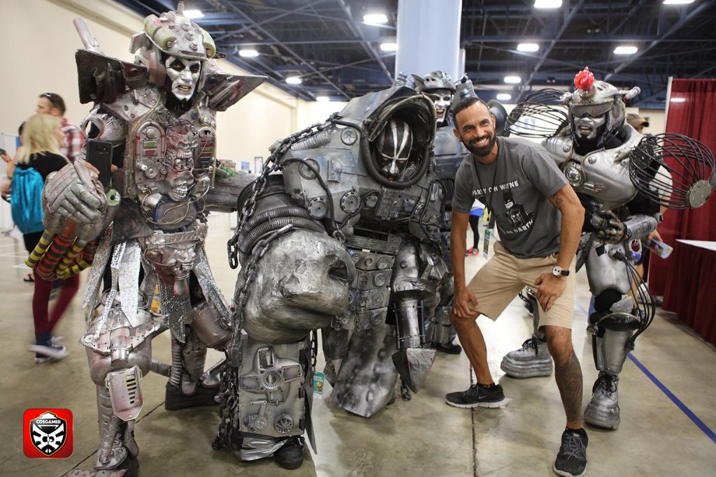 cosgamer-5-fknhard-magazine-cosplay-gaming-hottie-babes-top-10-supercon-2016-miami-beach-july4-thekillerrobots-the-killer-robots-space-future-robots-huge-robot-cosplay-team-robot-silver-and-scary